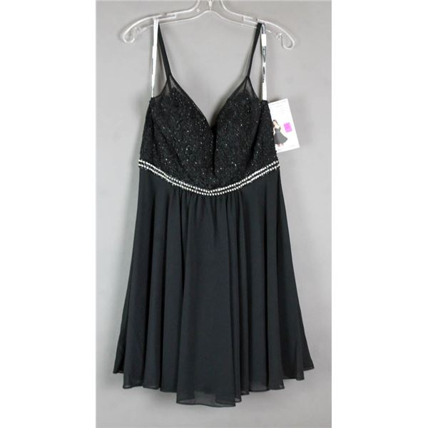 BLACK/ BEADED DESIGNER FORMAL DRESS; SIZE 14