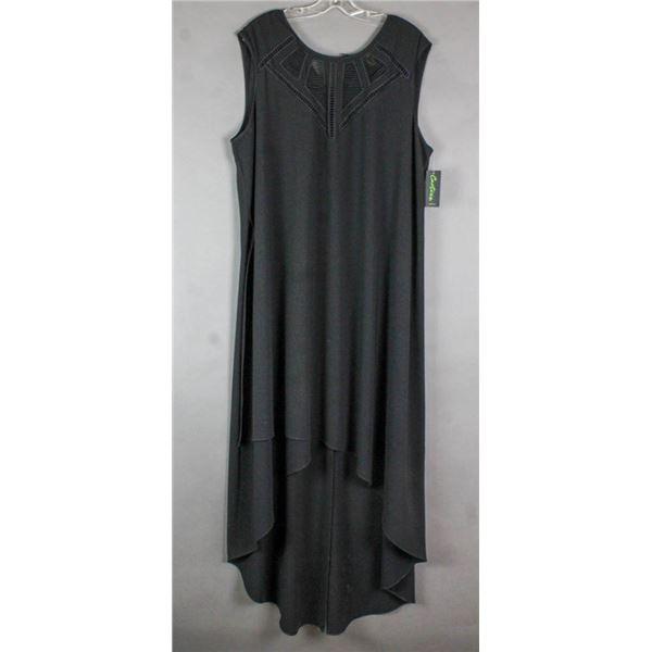 BLACK CARTISE FORMAL DESIGNER DRESS; SIZE 20