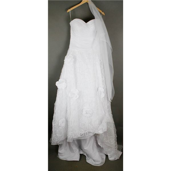 WHITE DAVINCI DESIGNER BRIDAL GOWN; SIZE 12