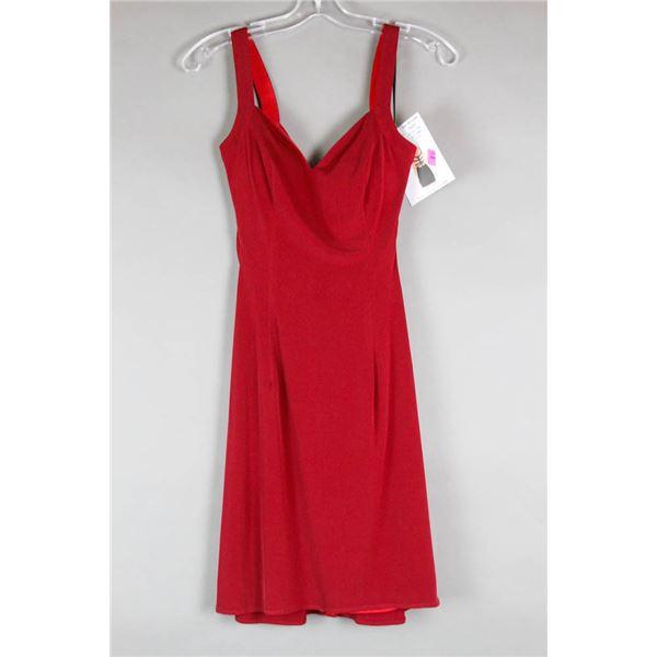 BURGUNDY ALYCE STRAP BACK DESIGNER DRESS;