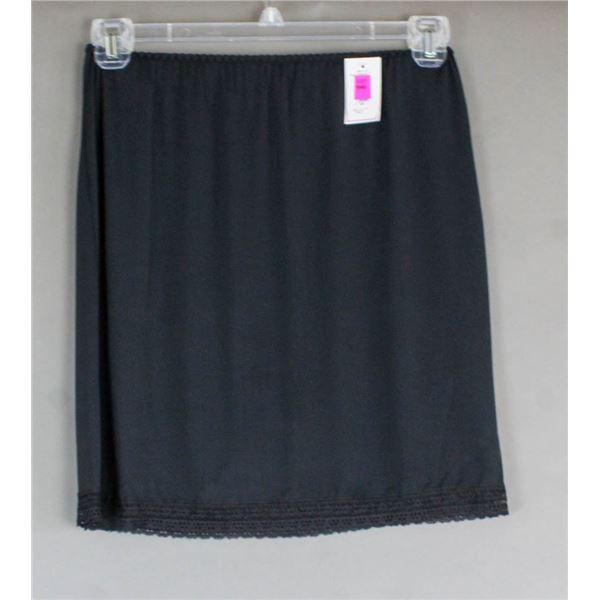 PATRICIA LINGERIE DRESS SLIP- BLACK; SIZE SMALL