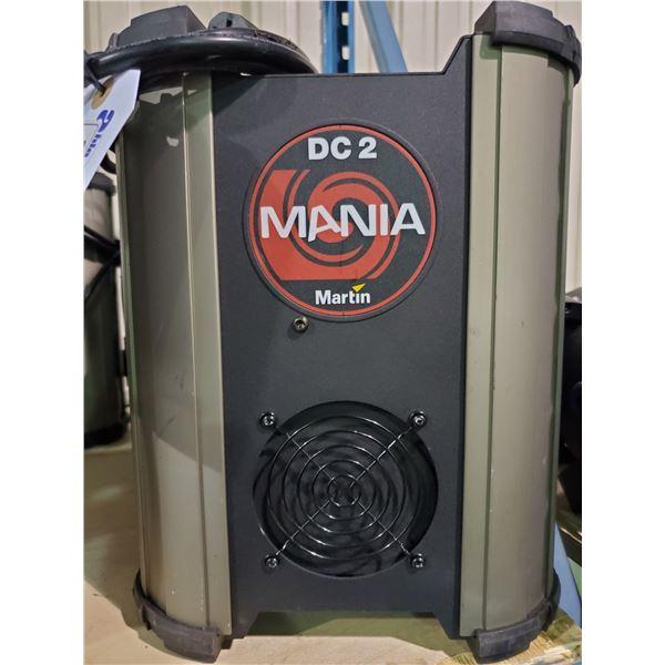 MARTIN MANIA DC 2 115VAC 60HRZ PROFESSIONAL DJ MULTI LIGHT