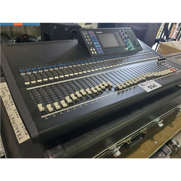 YAMAHA LS9-32 PROFESSIONAL 32 CHANNEL DIGITAL MIXING SOUND CONSOLE WITH PLASTIC PORTABLE ROAD CASE