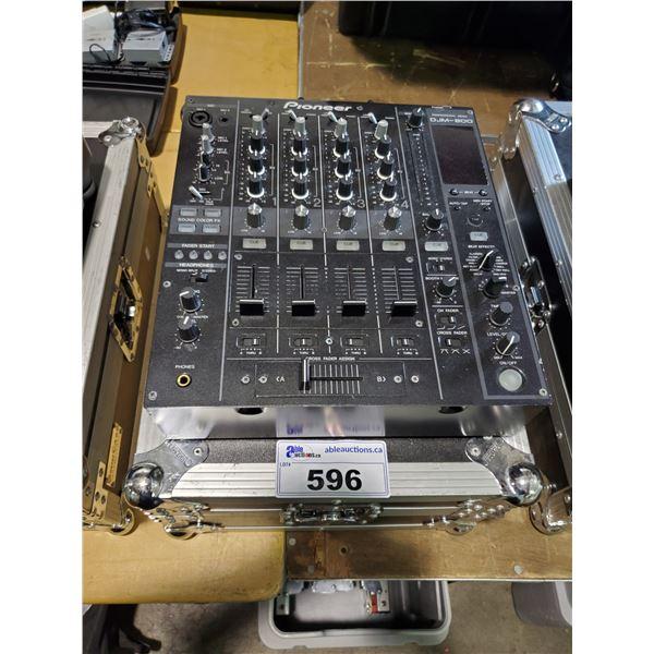 PIONEER DJM-800 PERFORMANCE DJ MIXER WITH ODYSSEY ROAD CASE
