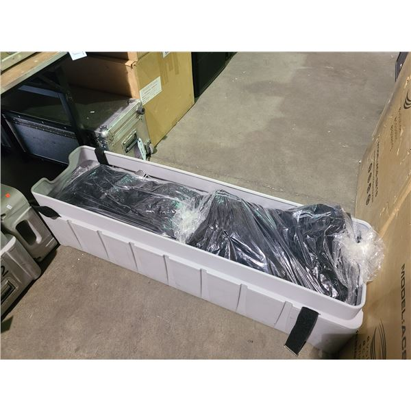 PLASTIC TRANSPORT CRATE WITH FOLDING AV BACKDROP WALLS / STAGING