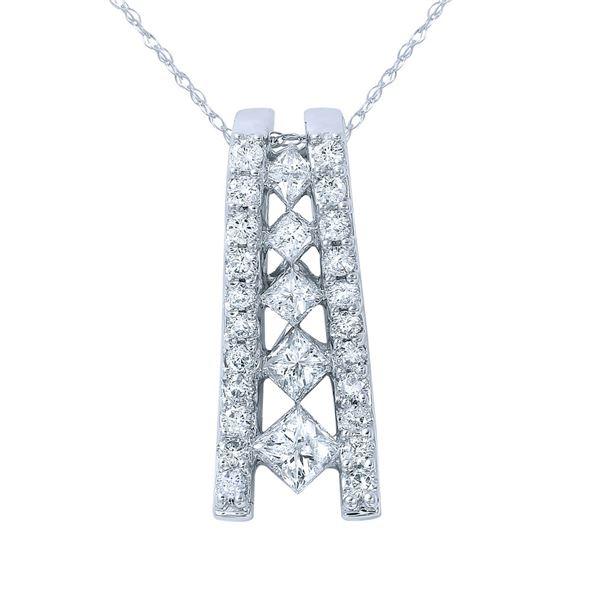 Natural 1.03 CTW Princess Diamond Necklace 14K Gold - REF-127N8Y