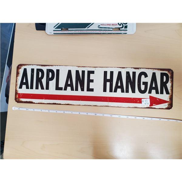 """AIRPLANE HANGAR 20 X 5"""" (METAL)"""