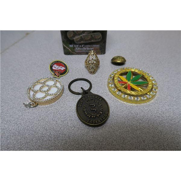6 X Random tin of Pho Jewelery