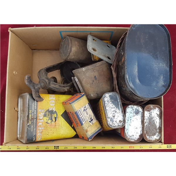 Vintage Cans & Battery Box & Oilers