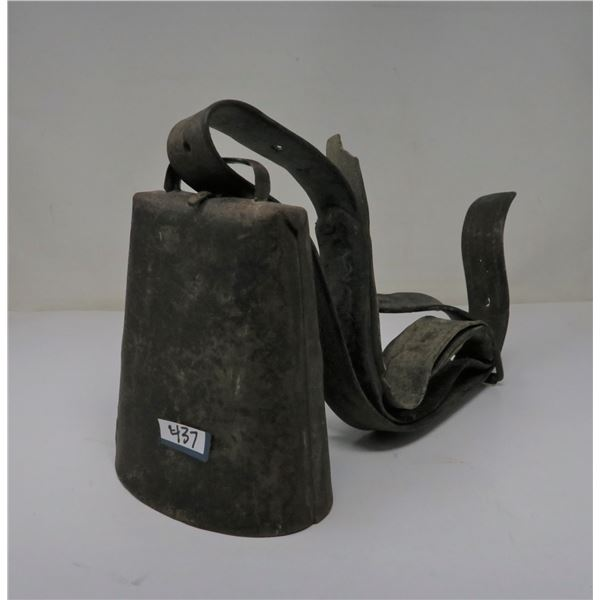COW BELL W/ HARNESS