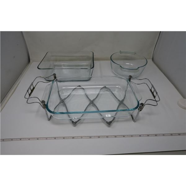 3 Pyrex Cookware with Rack