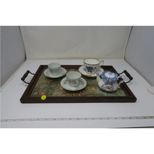 Tea Set with Tray and 3 Cups/Plates - Made in Japan