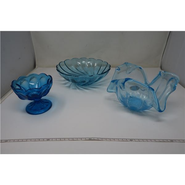 3 x Blue Glass Pieces, 1 Made in Italy, 1 Blu Capri Seashell Serving Dish