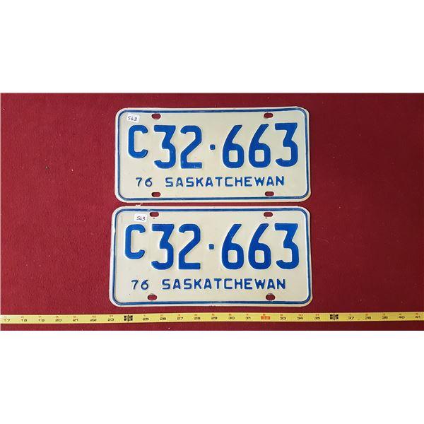 C32.663 Licence Plates Pair