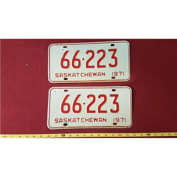 1971 SK Licence Plates Pair