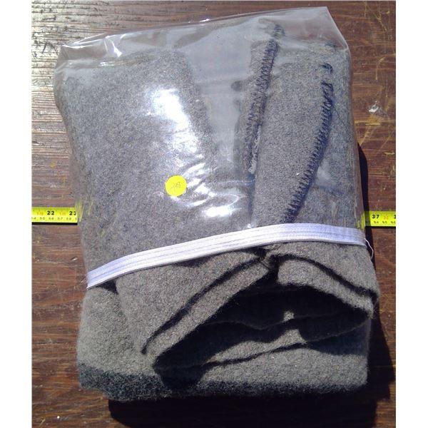 1 Wool Blanket