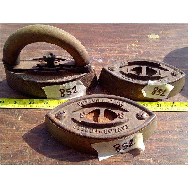 3 sad irons 1 w/ handle