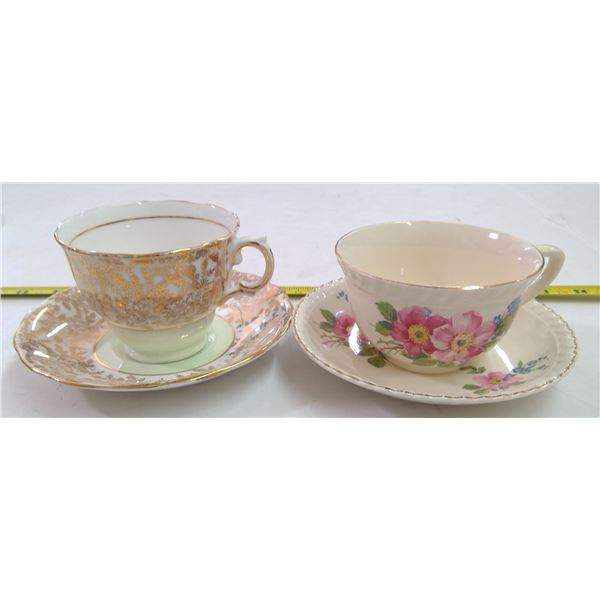 Johnson Brothers Cup & Saucer/Gold Bone China Cup & Saucer