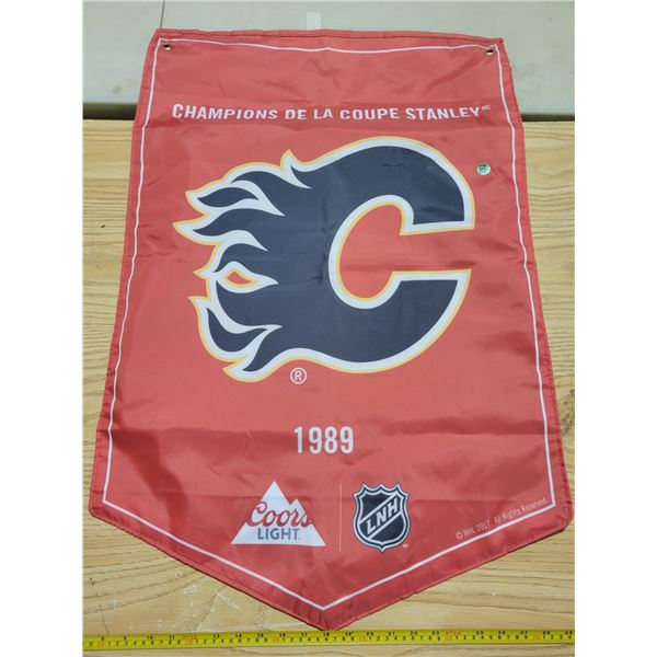 "Nylon Calgary Flames banner 35"" X 23"""
