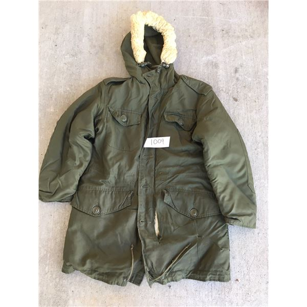 Canadian Army Extreme cold parka size Small