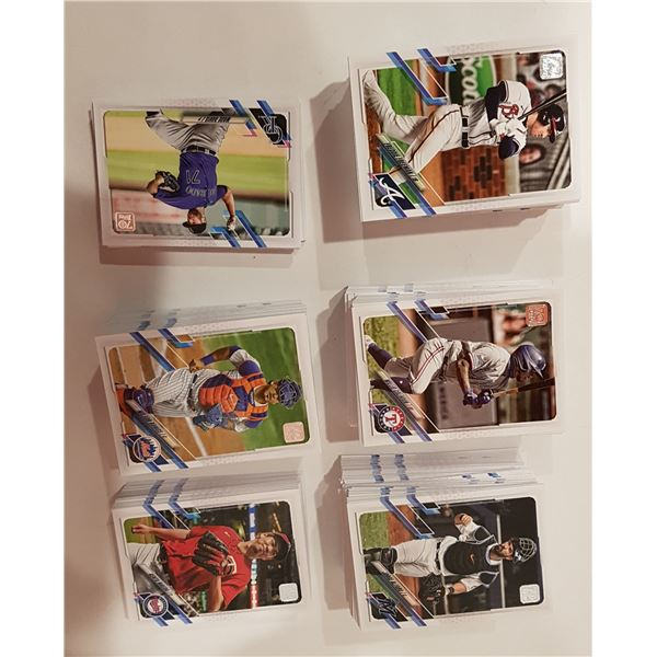Lot of 650+ TOPPS MLB 2021 Series 1 Baseball Cards – Base Cards Unsorted Near Mint