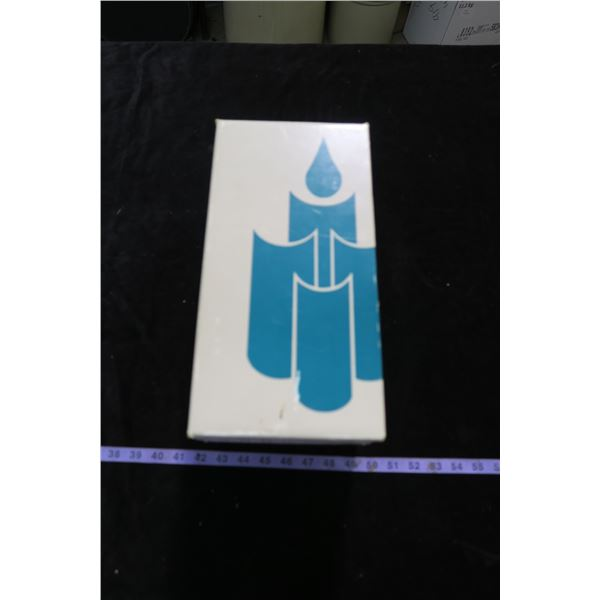 #1102 - Partylite Hampton Taper Tealight Hurricane - In Box Unused