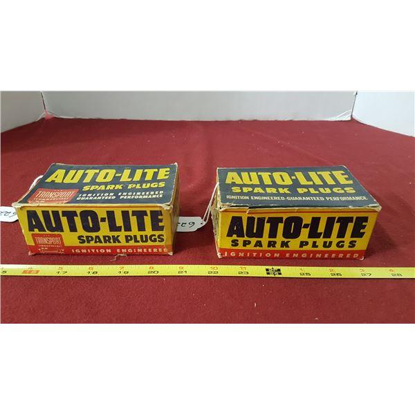 7-Autolight ATL-4 & 8 Autolight AR52 Sparkplugs