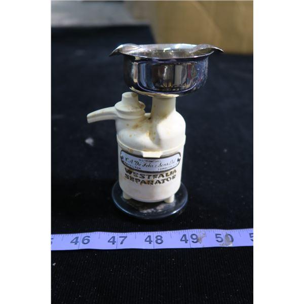 cream seperator vintage ash tray