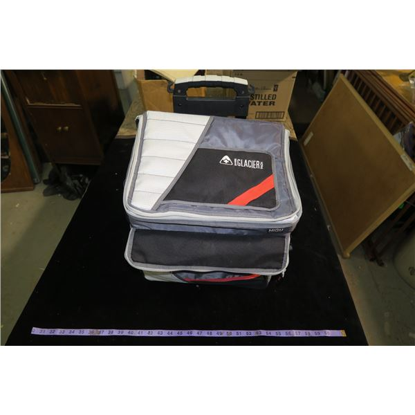 Glacier insulated cooler with deatchable wheels