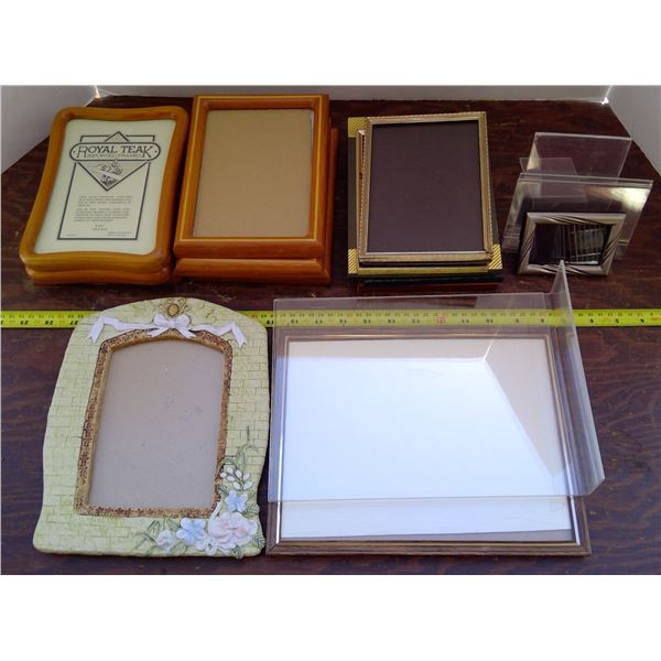6 Teak & 8 Other Clear Pictures Frames