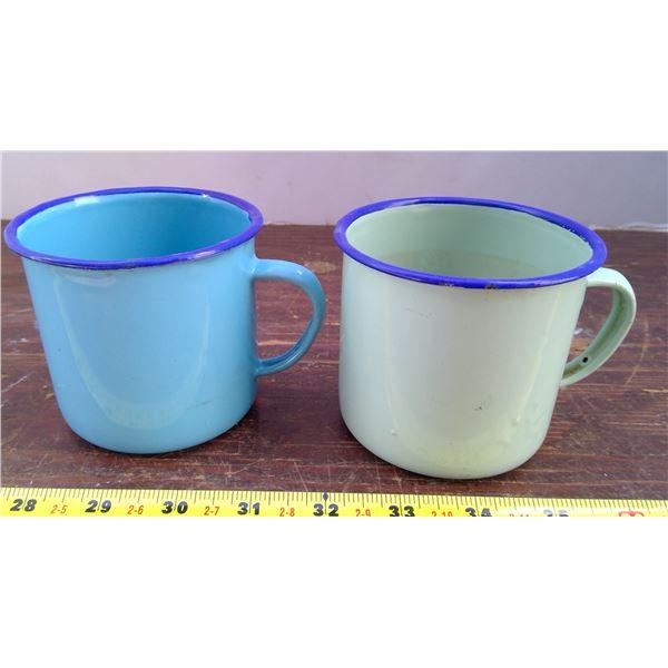1 Blue Tin Cup, 1 Green Tin Cup