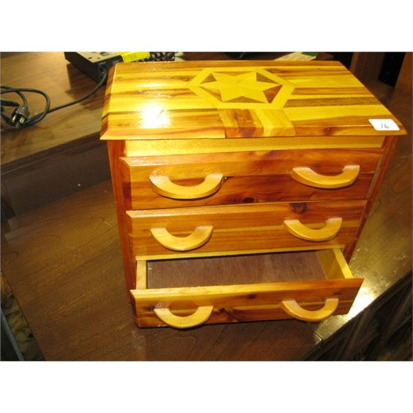 SMALL 3 DRAWER WOODEN CHEST