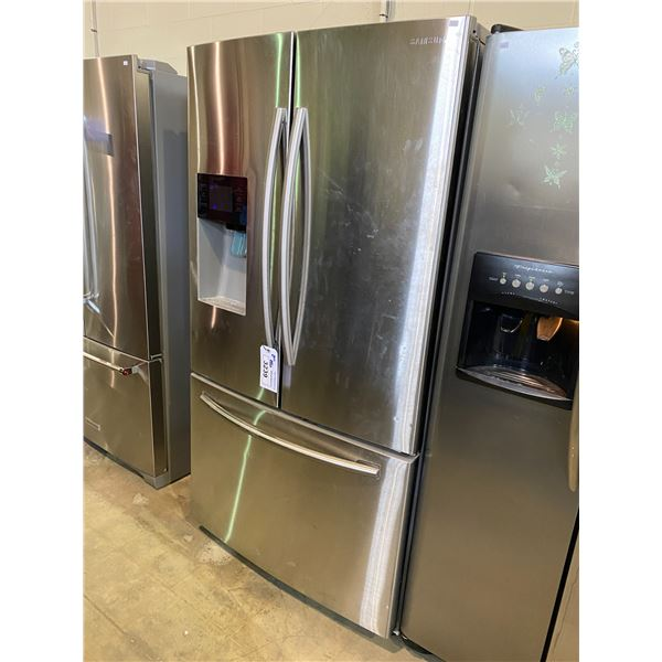 SAMSUNG FRIDGE DOOR FRIDGE MODEL RF263BEAESR/AA VISIBLE DAMAGE