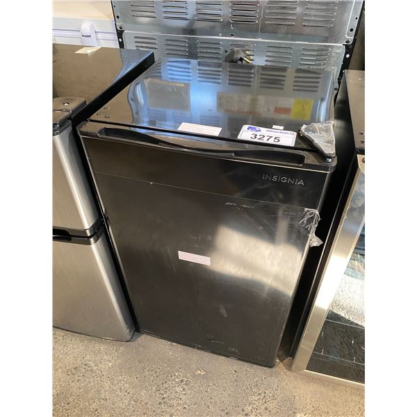 INSIGNIA MINI FRIDGE