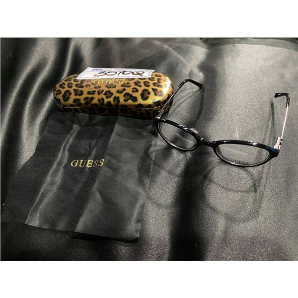 NEW WITH CASE GUESS BLACK FRAME GLASSES