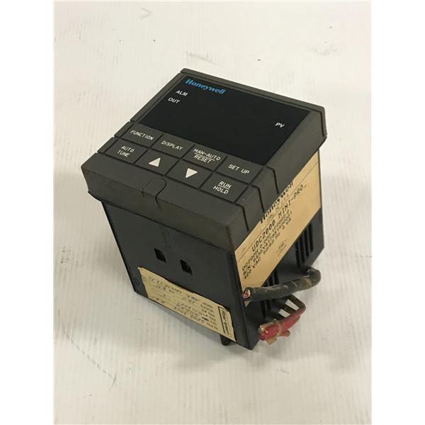 HONEYWELL UDC2000 CONTROLLER