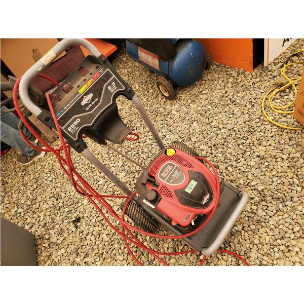 Briggs and Stratton 675 Elite Series 190cc 2550 PSI Pressure Washer