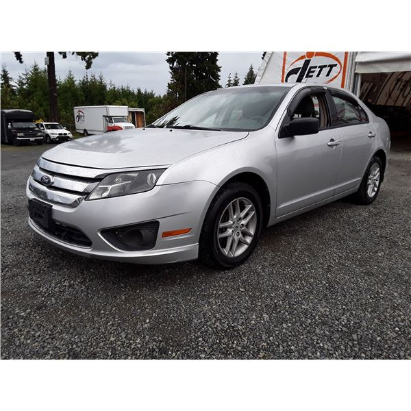 J2 --  2012 FORD FUSION S  , Silver , 148766  KM's