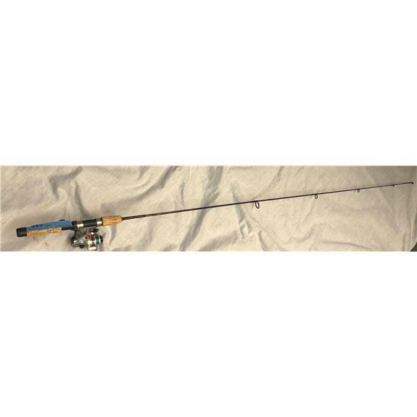 Abu Garcia one piece spinning rod w/ daiwa 500C spinning reel