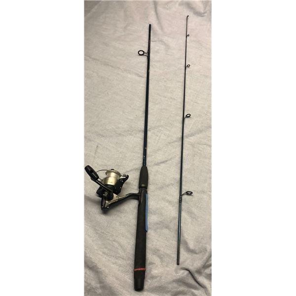 Custom built 9' spinning rod w/shimano 4000 reel