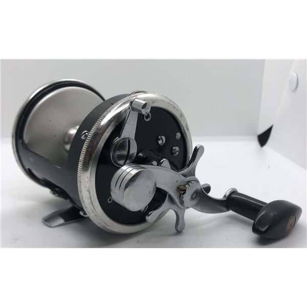 Olympic wave star No- 50 level-wind reel