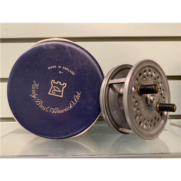 "Hardy Bros vintage ""Silex Superba"" center pin reel with case"