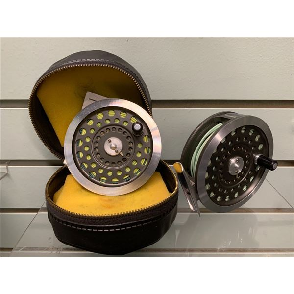 """Hardy Bros """"Sunbeam"""" 7/8 fly reel with extra spool, case & manufacturer card"""