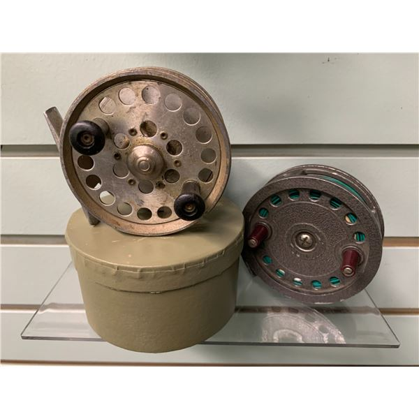 2 vintage fly reels - Dam Berlin Germany w/box & Intrepid England