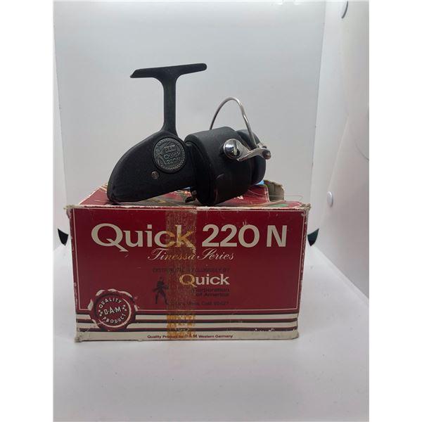 Dam Quick 220N spinning reel West Germany w/ orginal box