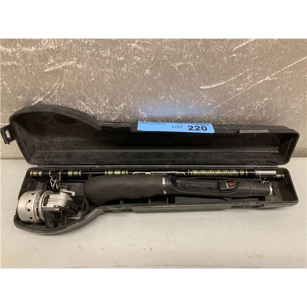 Daiwa minicast system 6 pc travel rod w/ case