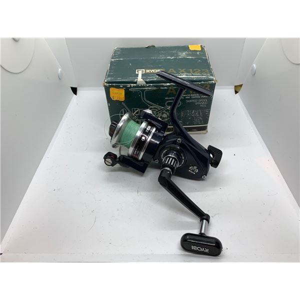 Ryboi ax123 spinning reel w/ original box