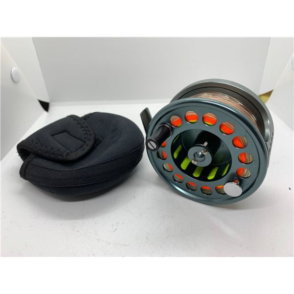 Greys #7/8 platnium+ fly reel w/case