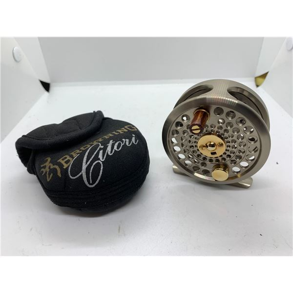 Browning citori #3/4 fly reel w/case