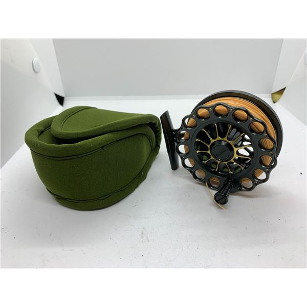 Revolution Spyder 34 fly reel w/ case